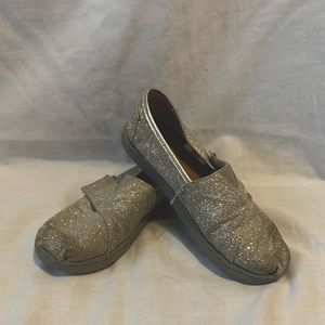 Child's Sparkly Silver Toms